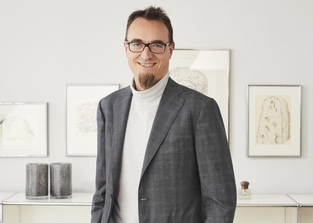 Dr. Klaus Hechenbichler